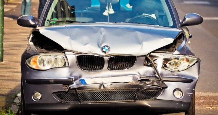 Why you should Hire a Lawyer for Car Wrecks